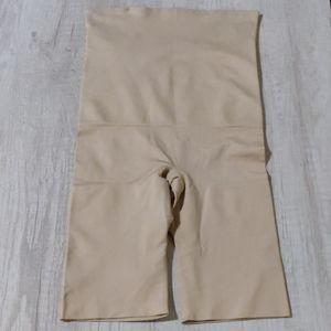 Maidenform Shapewear Tummy and Thigh Control